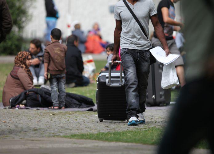 Umfrage: Deutsche bei Flüchtlingsfrage gespalten
