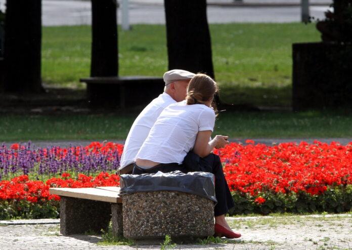 Rentenversicherung mahnt zu Vorsicht bei Anhebung des ...